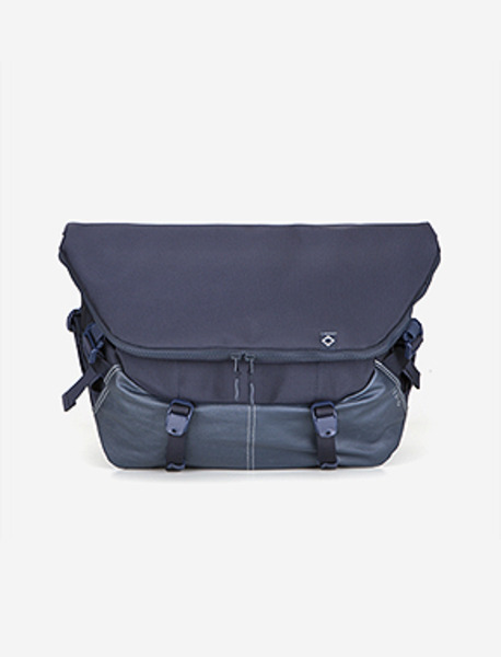 N010 MESSENGER BAG - NAVY brownbreath